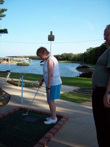 mom_golf