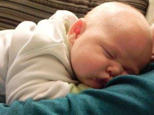 asleep_on_mom